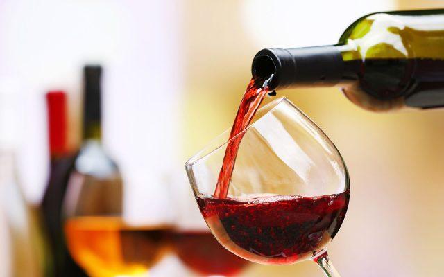 Baan Rim Pa Patong: Wine & Cocktails
